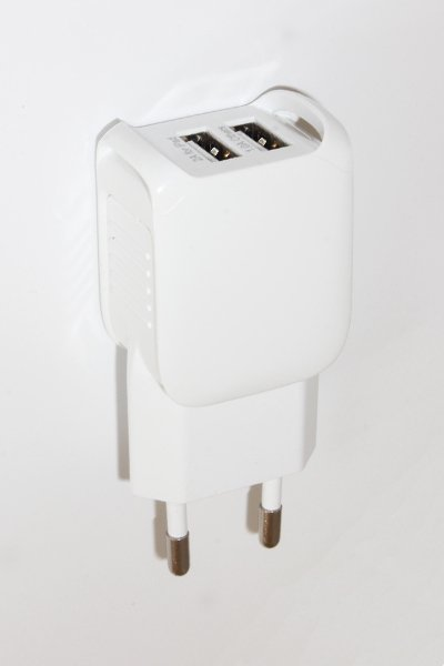Universal AC adapter / charger with Micro-USB connector